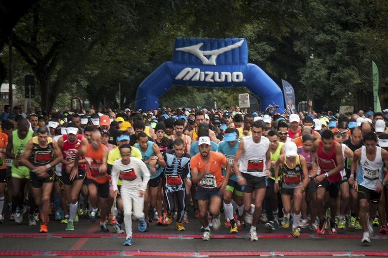 927011c493c Etapa de Salvador da Mizuno Half Marathon conta com a presença ...